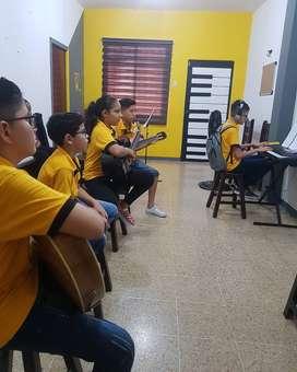 Clases de piano y guitarra