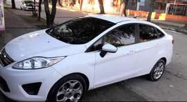 Vendo Ford Fiesta KINETY impecable