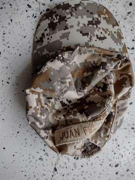 Disfraz de ejército completo con botas.