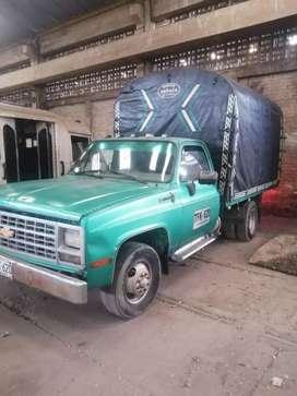 Camión chevrolet custom