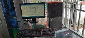 Computador de mesa buen estado