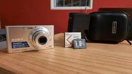Camara Sonny 14.1 mega pixels modelo dsc w320