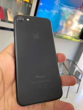 iPhone 7 de 32 GB negro mate