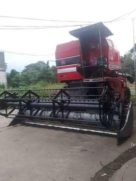 Vendo cosechadora de arroz .o cambio con camioneta
