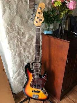 bajo Fender Sunburst Vintage