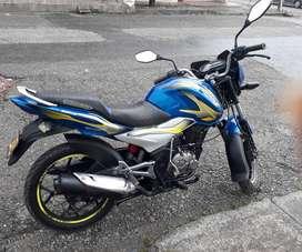 Vendo motocicleta Discover en excelente estado