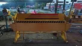 Dobladora de tool reforzada con doble pastilla de acero, faldon de 15 m.m. y destajes a los lados, envio incluido.