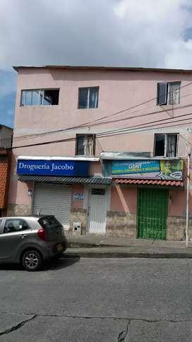 Se vende casa fany gonzales con 2 locales comerciles