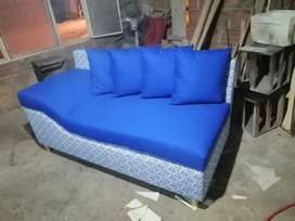 Mueble - sofá divan