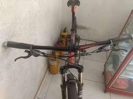 Bicicleta GW Hawk 27.5