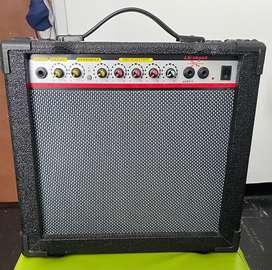 Amplificador guitarra eléctrica/bajo 20W
