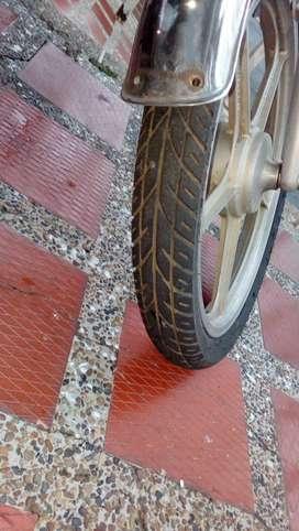 Vendo o cambio moto por bicicleta o televisor del mismo valor