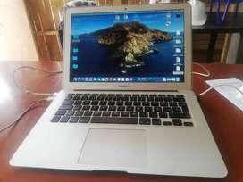 """Se vende mackbook air de 13"""" Intel core i5 memoria de 4 GB"""