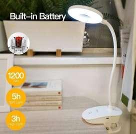Lámpara de escritorio LED con clip