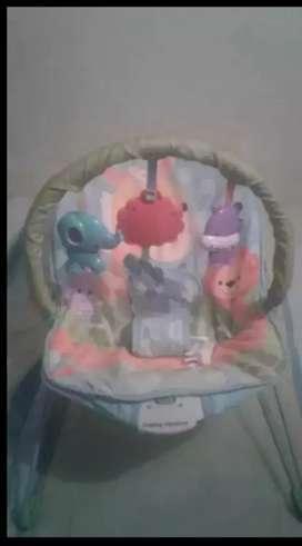 COMBO ECONÓMICO Silla mecedora y caminador de bebe