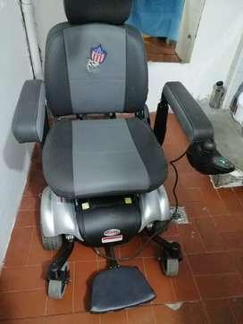 Se vende silla de ruedas  Americana
