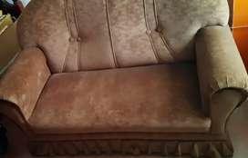 Juego de sillones, de gamuza, color habano, IMPECABLES.