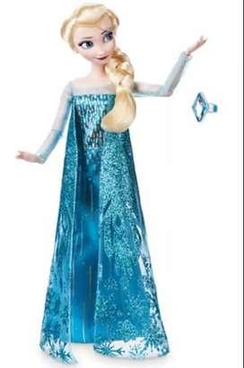 Muñeca Elsa Clásica con Anillo