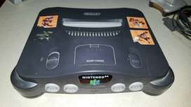 Nintendo 64 con 2 palancas y 4 juegos