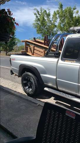 Vendo Mazda king cab