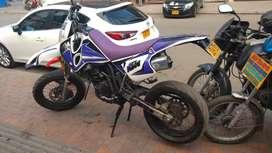 Vendo o permuto KTM Supermotard