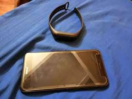 Celular Huawei, muy buen Estado, 10/10 con huella y manilla inteligente