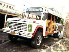 Se vende bus escalera (Chiva)
