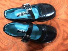 Zapatos negro para niña