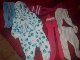Se vende ropa para bebe de 0 asta dos años segunda buen estado