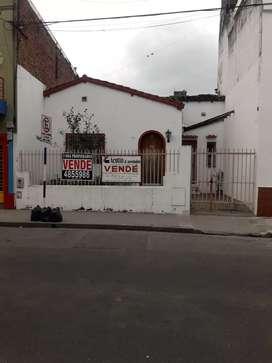 Casa centro sur a 4 cuadras de Plaza Independencia