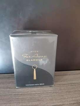 Se vende  perfume  Far Away nuevo