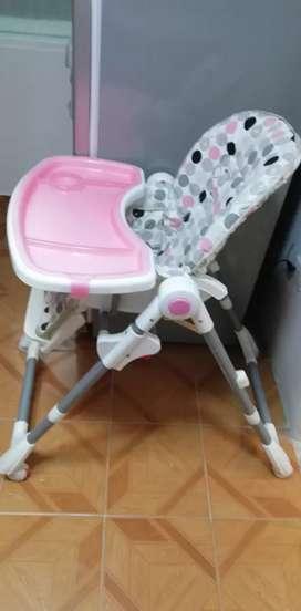 Venta comedor infantil y triciclo con capota