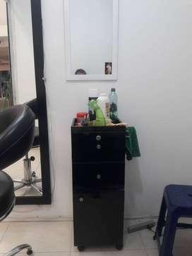 venta mobiliario y utensilios para barberia