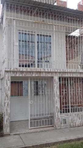 Alquilo Casa En Ciudadela Terranova 500.000
