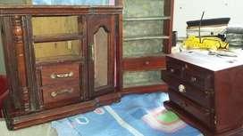 Muebles miniatura en madera de 13cm de alto otro 28 cm alto y 23 de alto
