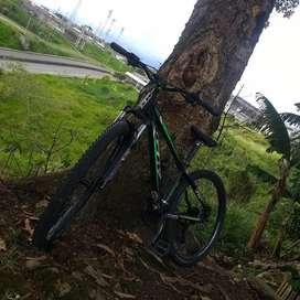 Bicicleta GW 27.5