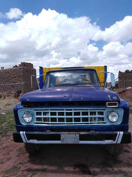 CAMION FORD F-600 / OPERATIVO