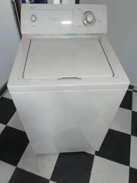 Vendo lavadora whirpooll americana 26 libras