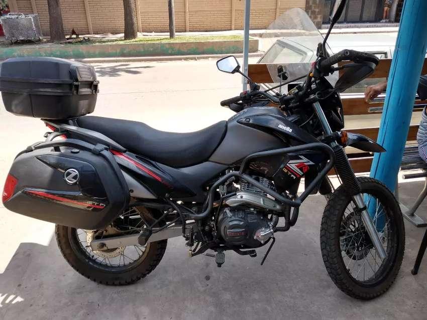 Vendo moto Zanella GTA 0