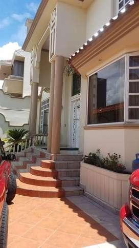 propiedad en venta, casa club de lujo con áreas familiares, sociales y recreacionales, cerca de la remigio sucre, batan