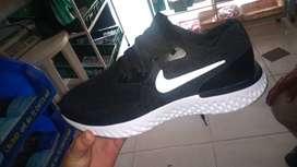 Cambio zapatillas nuevas talla 40
