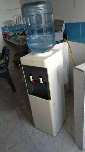 Filtro de agua con nevera