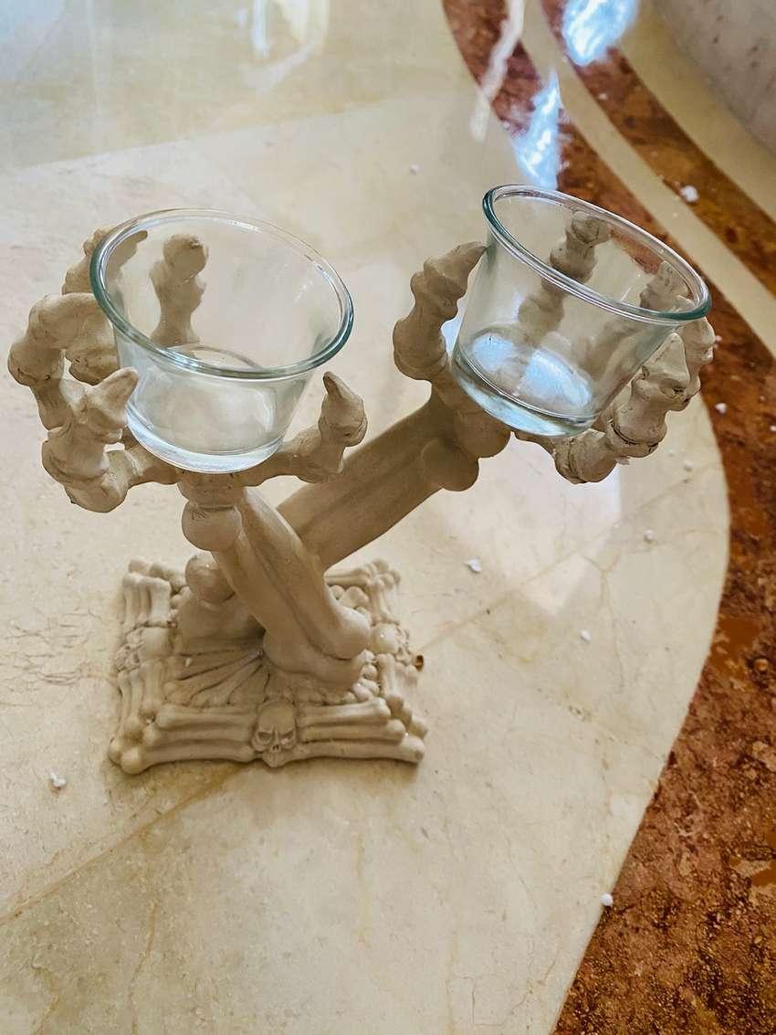 venta final: candelabro huesos Halloween 0