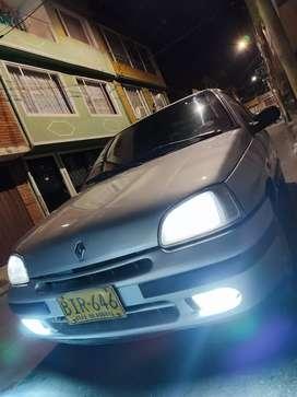 CARRO CLIO 1997 COMO NUEVO