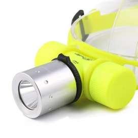Linterna Acuatica Buceo Luz Led Con Batería Liion 5600mah