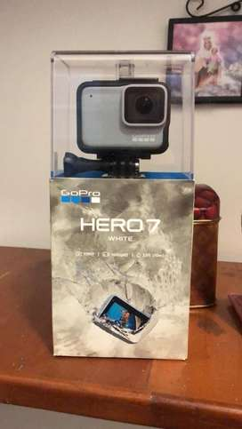 VENDO CAMARA DE ACCION GOPRO HERO 7 white  ORIGINAL