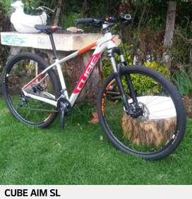 Bicicleta de montaña cube