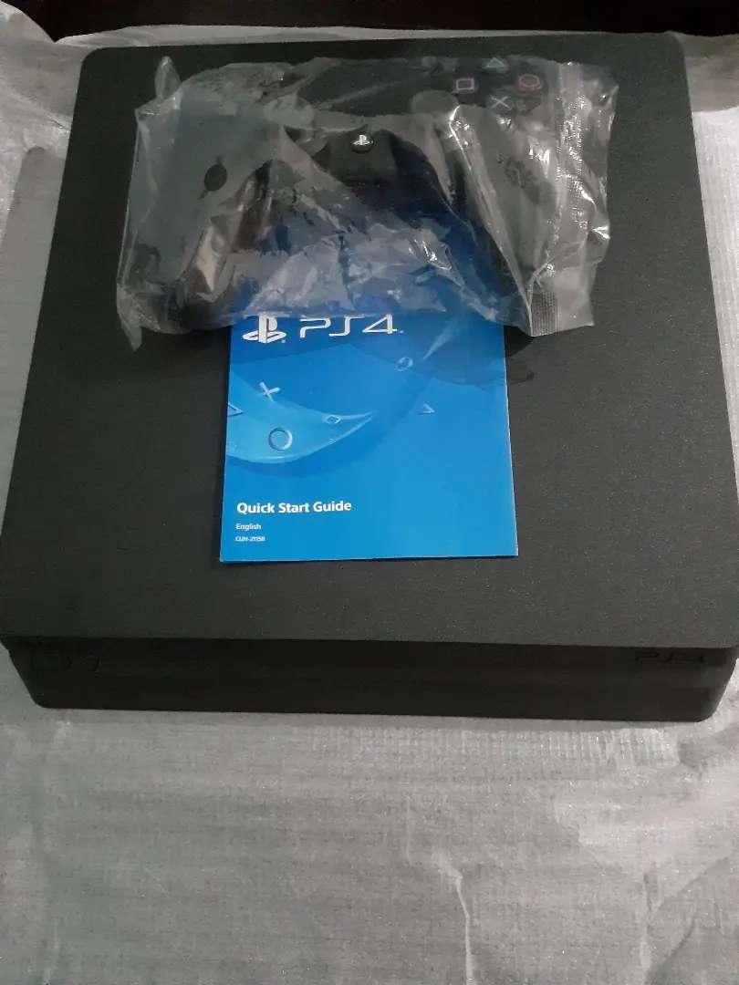PS4 incluye mando 0
