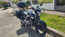 Suzuki Inazuma 250 2017 moto único dueño