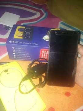 Se vende celular avvio en buen estado con todo los accesorios full